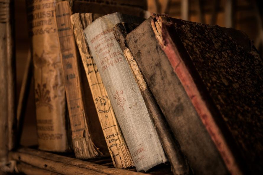 old-books-436498_1920