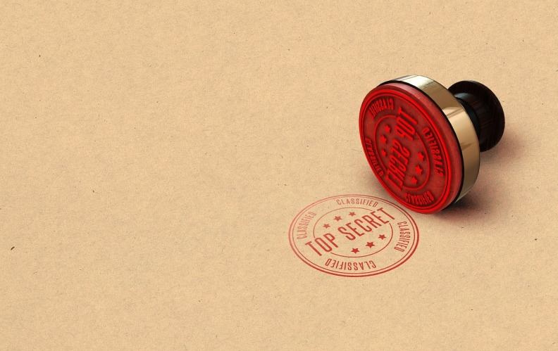 secret-3037639_1280.jpg